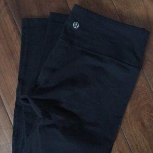 Lululemon black leggings. Some light pilling